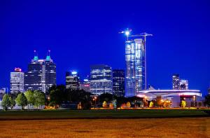 Обои Канада Здания Ночные Уличные фонари Edmonton