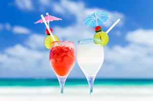 Картинки Напитки Лайм Бокалы Вдвоем Зонт Продукты питания