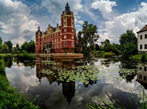 Картинка Германия Замки Пруд Schloss Muskau Города