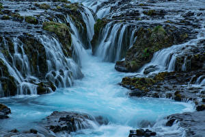Картинки Исландия Водопады Речка Утес Мох Природа