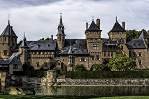 Картинки Нидерланды Замки Пруд Castle De Haar Города