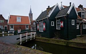Фото Нидерланды Здания Мосты Водный канал Volendam Города