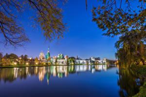 Фотографии Россия Москва Храмы Монастырь Речка Вечер Novodevichy Convent