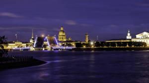 Картинки Санкт-Петербург Россия Речка Мост Здания Ночные Palace Bridge Города