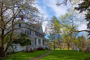 Картинка Штаты Дома Цветущие деревья Нью-Йорк Особняк Газон Pine Island Warwick