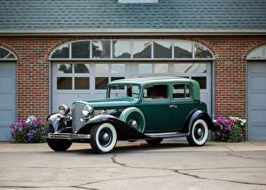 Фотография Кадиллак Винтаж Зеленый Металлик 1933 V12 370-C Town Sedan by Fisher Авто