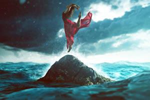 Обои Утес Прыжок Платье Девушки