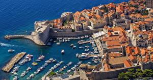 Фото Хорватия Берег Здания Пирсы Катера Залив Сверху Dubrovnik Города