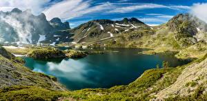 Обои Франция Озеро Горы Пейзаж Альпы Мох Lac Robert Belledonne Природа