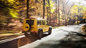 Картинки G-класс Mercedes-Benz Движение Желтые AMG Colour Edition G 63 Автомобили