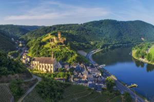 Картинка Германия Здания Речка Холмы Beilstein