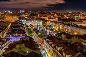 Фотографии Португалия Здания Крыша Ночные Городская площадь Lissabon Города