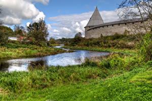 Фотографии Россия Реки Крепость Траве Staraya Ladoga Fortress Природа