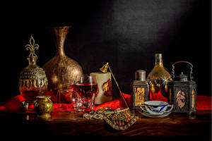 Фотографии Натюрморт Вино Чайник Свечи Бокалы Кувшин Чашке Пища