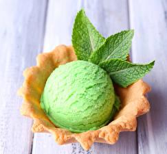 Фото Сладости Мороженое Доски Шарики Зеленый Еда