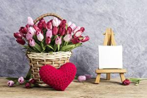 Фото Тюльпаны День святого Валентина Сердце Корзинка Цветы