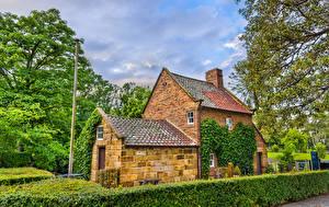 Картинки Австралия Мельбурн Парки Особняк Дизайна Кусты Captain Cook Cottage in Fitzroy Garden Города