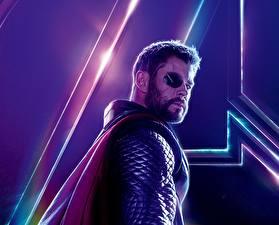 Картинки Мстители: Война бесконечности Chris Hemsworth Тор герой Мужчины Повязкой на глазе Фильмы Знаменитости