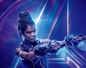 Обои Мстители: Война бесконечности Негр Letitia Michelle Wright Знаменитости Девушки