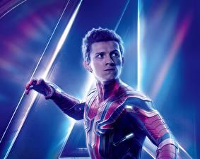 Картинка Мстители: Война бесконечности Человек паук герой Tom Holland кино Знаменитости