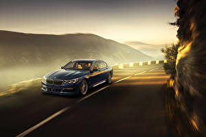 Картинка BMW Синий Едущий 2016 Alpina B7 xDrive Автомобили
