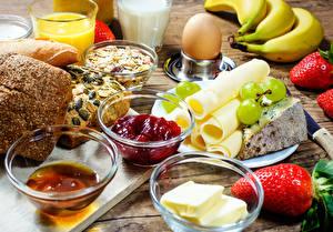 Картинки Сыры Клубника Варенье Хлеб Завтрак Яйца Масло Еда