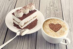 Картинка Кофе Капучино Шоколад Пирожное Сердце Чашка