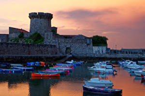 Обои Франция Крепость Лодки Катера Вечер Залив Fort de Socoa Города