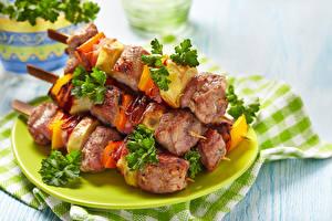 Фото Мясные продукты Шашлык Овощи Тарелка Еда