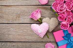 Картинки Розы День святого Валентина Сердечко Доски Цветы