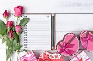 Картинки Розы День всех влюблённых Блокнот Сердечко Бантик Шаблон поздравительной открытки Цветы