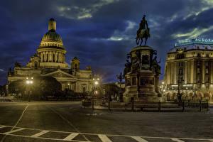 Картинки Россия Санкт-Петербург Памятники Вечер Храмы Здания Уличные фонари St. Isaac's Square