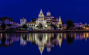 Картинки Испания Здания Речка Храмы Ночные El Rocio Andalusia