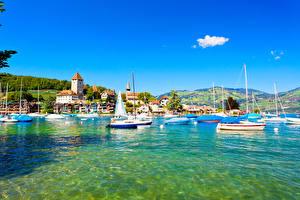 Обои Швейцария Озеро Здания Корабли Парусные Spiez Города