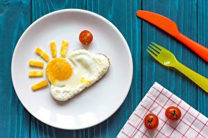 Картинка Томаты Тарелка Яичница Дизайн Солнце Пища