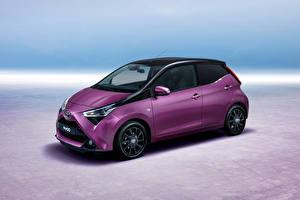 Картинки Тойота Фиолетовый 2018 Aygo 5-door Worldwide Автомобили
