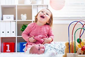 Фотографии 2 Девочка Младенцы Радость ребёнок
