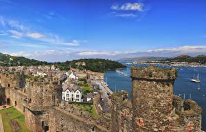 Картинки Великобритания Дома Крепость Реки Уэльс Conwy город