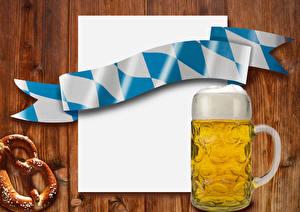 Картинки Пиво Кружки Пена Шаблон поздравительной открытки Лист бумаги Еда