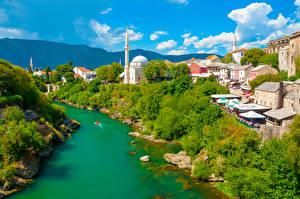 Фотографии Босния и Герцеговина Здания Речка Кусты Деревья Mostar Города