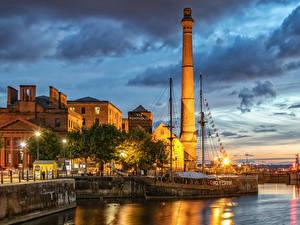 Фотография Англия Дома Причалы Вечер Уличные фонари Liverpool Города