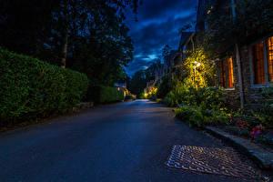Фотографии Англия Дома Дороги Улица Ночные Castle Combe Города