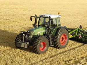 Фото Поля Сельскохозяйственная техника Трактор 2006-10 Fendt 820 Vario Worldwide