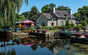 Картинки Франция Дома Водный канал Malestroit Brittany