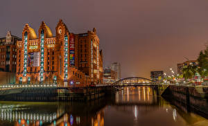 Фотографии Германия Гамбург Дома Речка Мосты Вечер Города