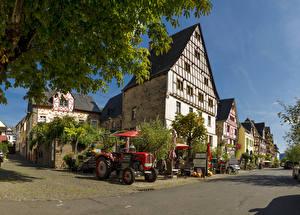 Картинки Германия Здания Улица Трактор Ediger
