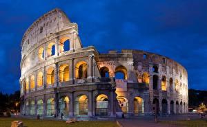 Картинки Италия Рим Колизей Вечер город