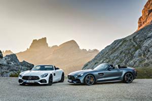 Обои Mercedes-Benz Двое Кабриолет AMG GT