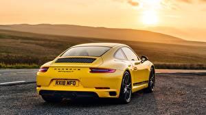 Картинка Порше Желтый Вид Купе 911 2018 Carrera T
