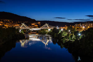 Картинки Испания Здания Речка Мосты Ночные Orense Galicia